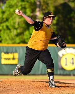 Manteo's starting pitcher, Taylor Featherstone (17), against First Flight Friday May 8. Manteo won the game 8-5. (MBeswick.com)