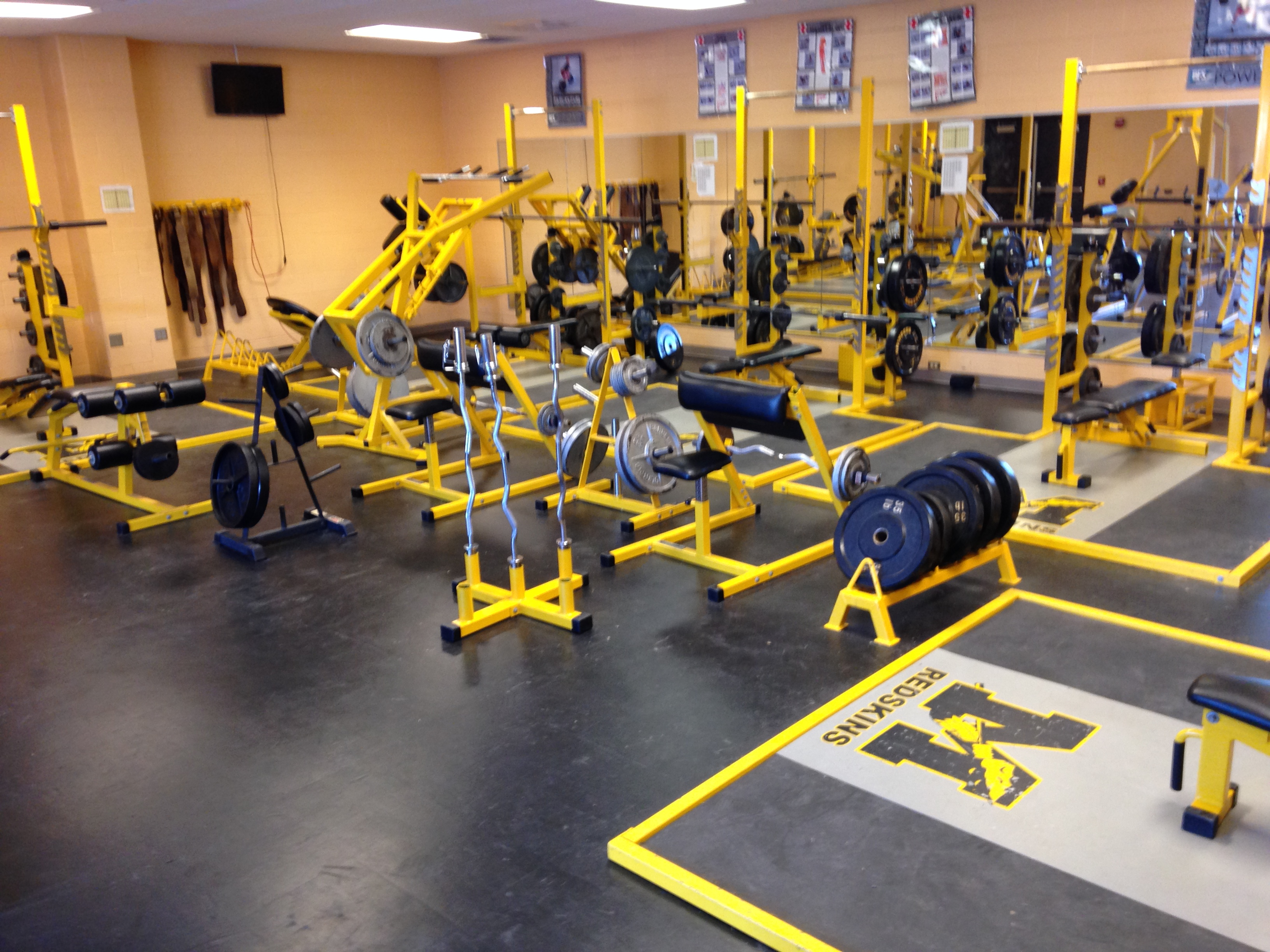 Weight Room Manteo High School Baseball